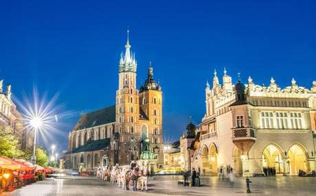 Trip to Krakow: don't miss the Main Square!